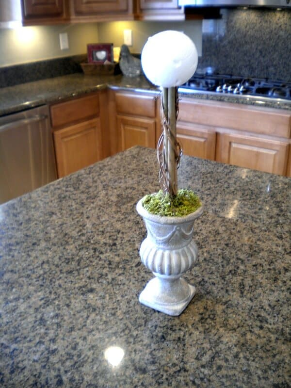 Ballards Topiary Knockoff - Noting Grace turned a garage sale find into a DIY topiary for only $10