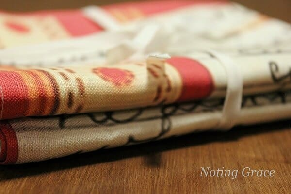 Turning Recipes into Tea Towels - a great idea to create a custom gift this holiday season with a sentimental touch.