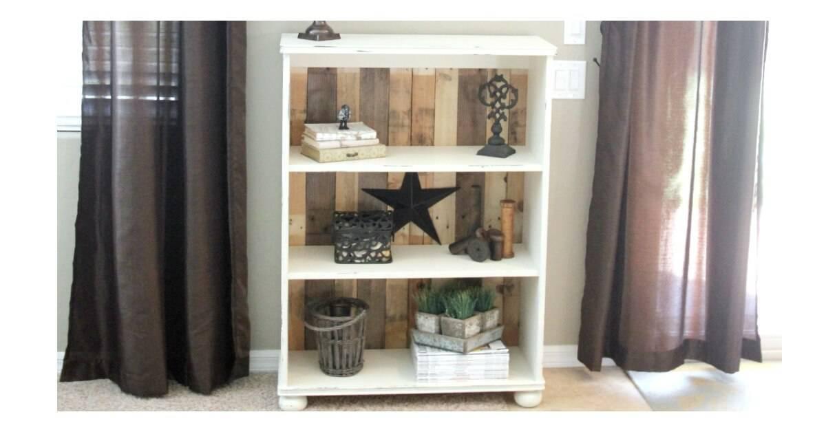 DIY Pallet Bookcase Tutorial Noting Grace