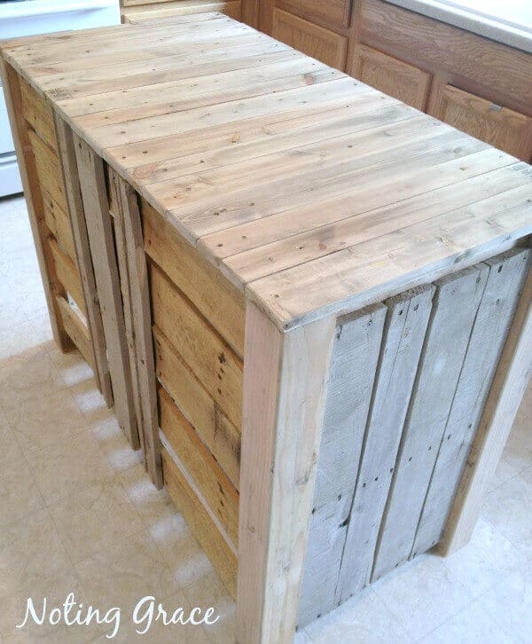 DIY Pallet Kitchen Island for less than $50!