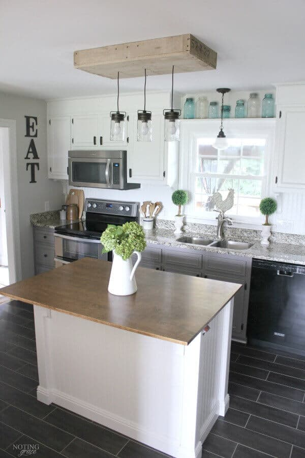 Farmhouse Kitchen Island DIY