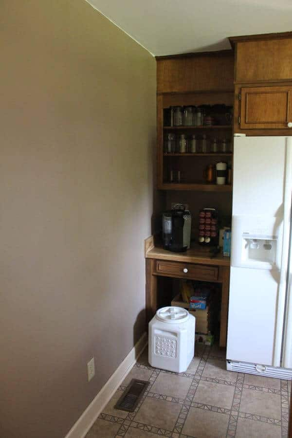 dated kitchen before