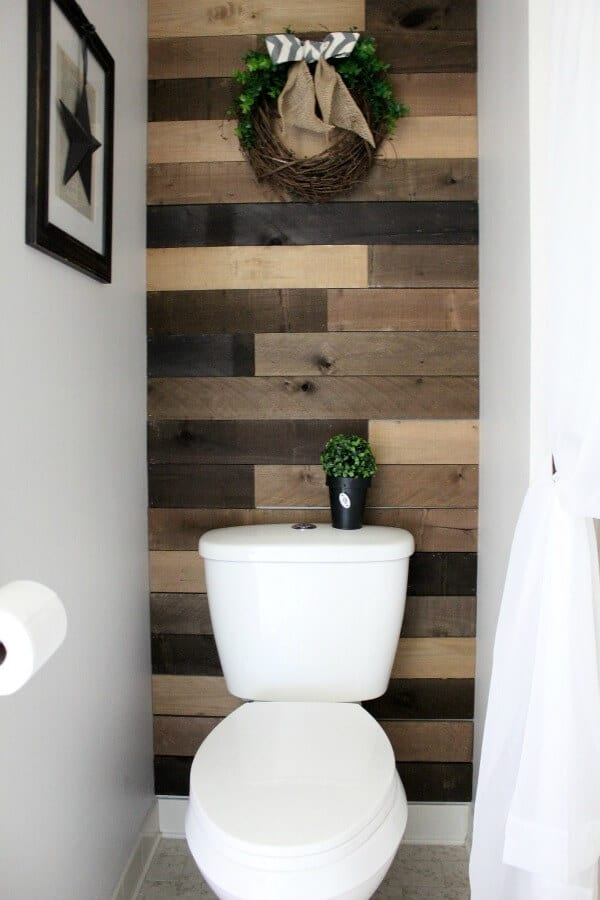 Budget Dated Bathroom Makeover: How to update your master bath when the budget runs out