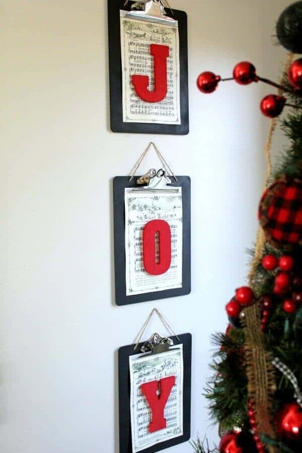 Christmas DIY For $25: Here a quick and easy tutorial on how you can create custom Holiday artwork for under $25!