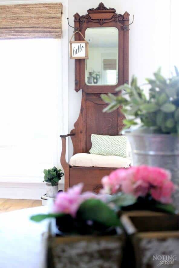 Easy ways to add touches of Spring to your home