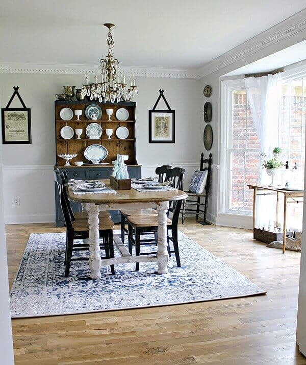 Dining Room Makeover: Farmhouse Style Table Makeover For $20