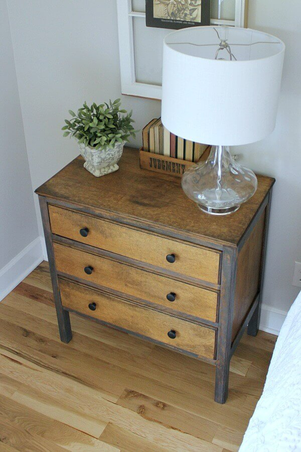 Jen from Noting Grace shares this simple furniture DIY she didl for her Master Bedroom.