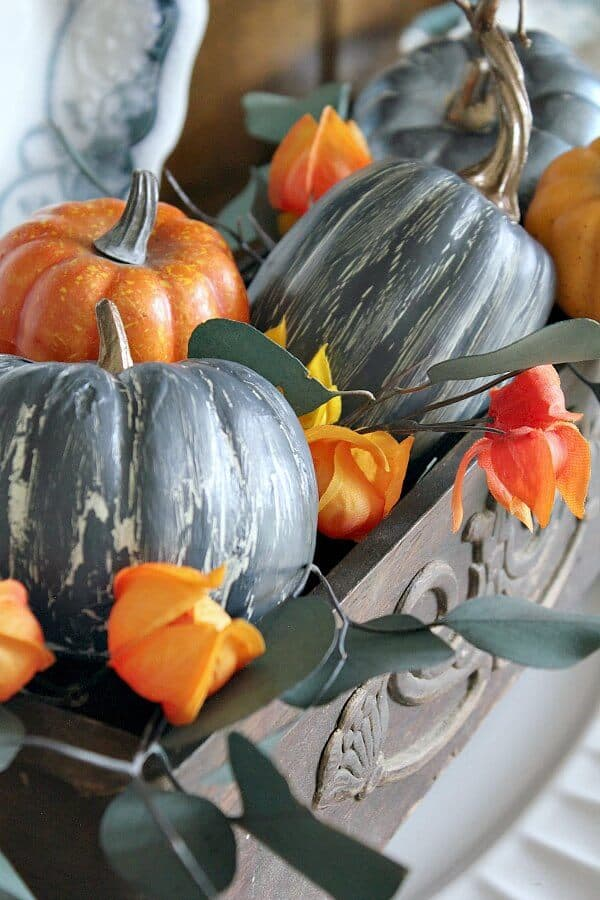 How to make your own crackle painted pumpkins to match your fall decor colors!