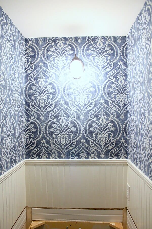 Temporary Wallpaper Tutorial: Now we're ready to start putting the new countertop in!