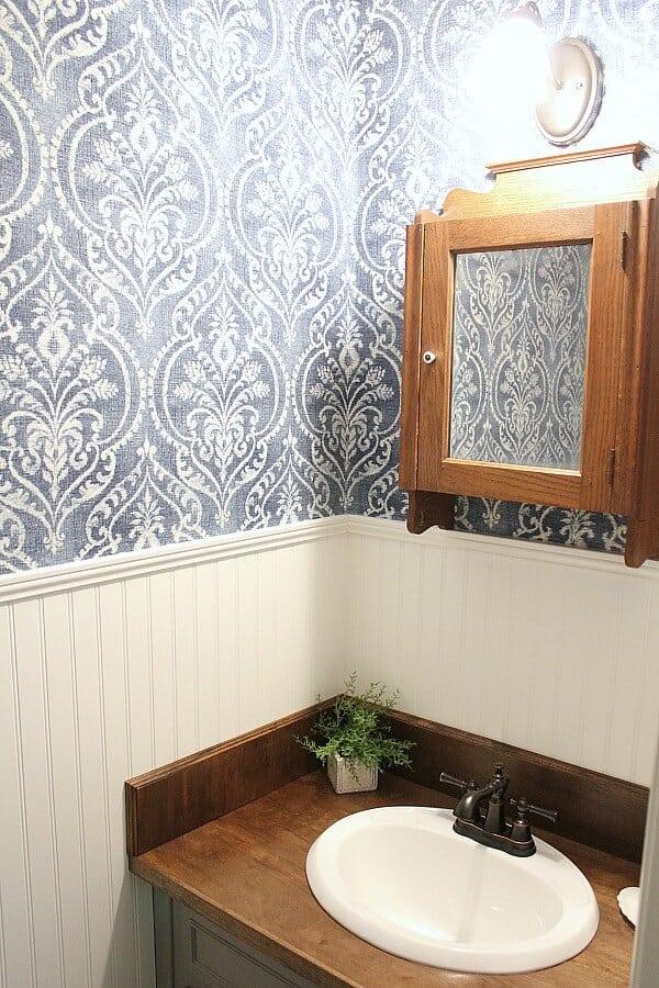 Vintage Farmhouse Powder Room For Less Than 500