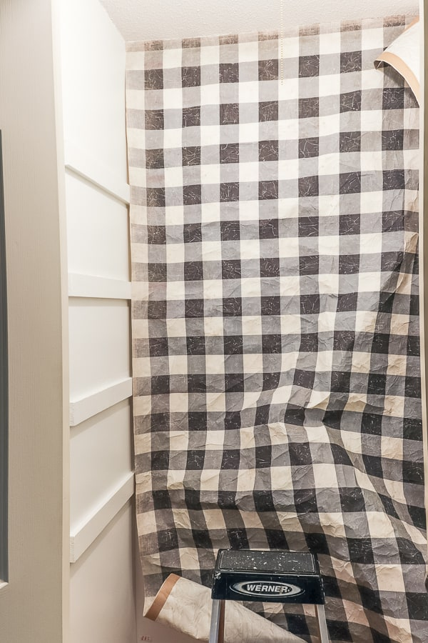 Our hall closet was a train wreck and I found the perfect solution to pretty it up. This quick linen closet refresh was just what it needed.
