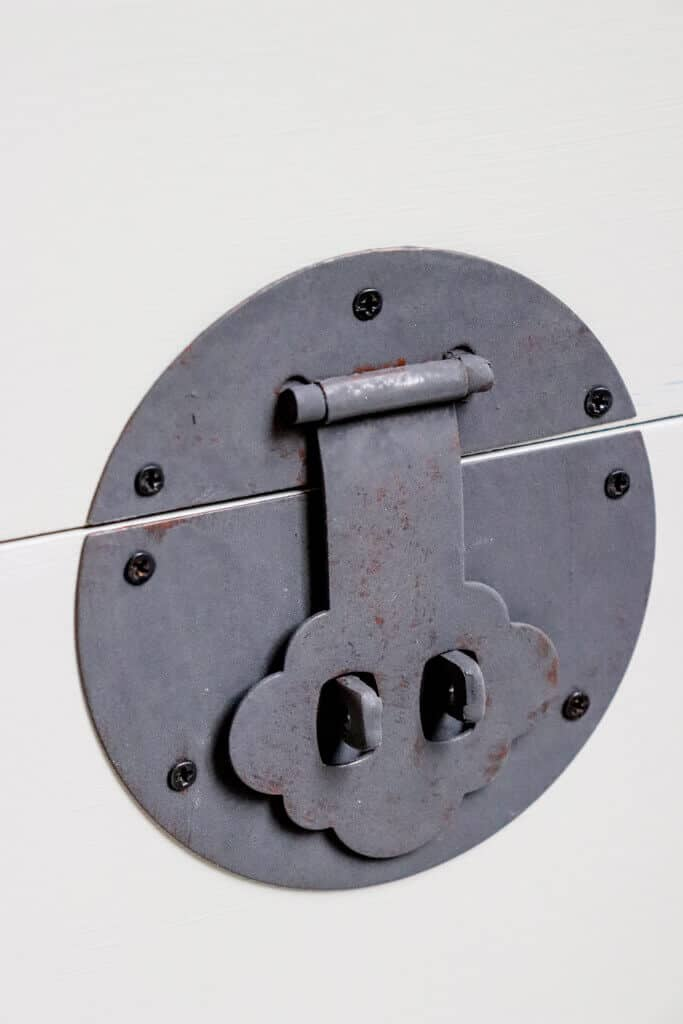 close up painted latch