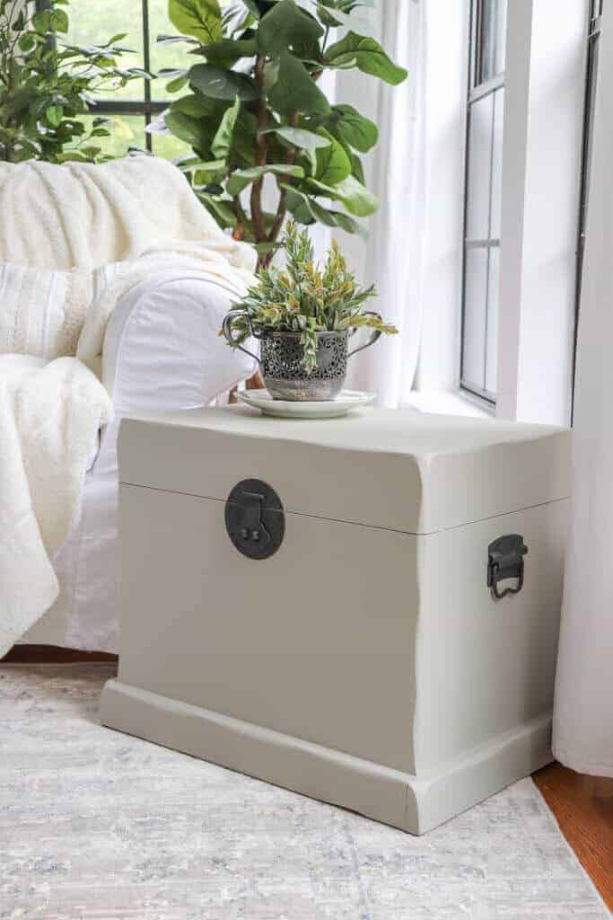 painted trunk side table reveal