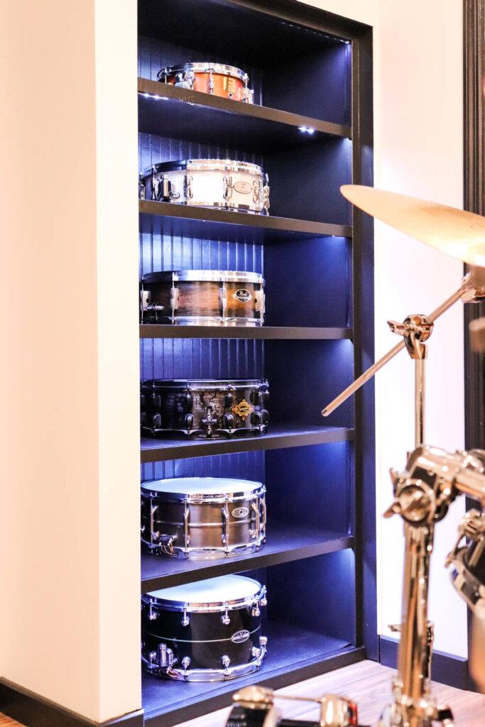led lights for snare shelves