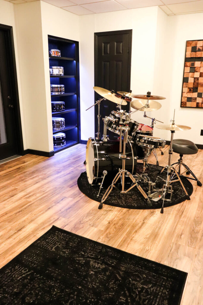 drum room with snare shelf