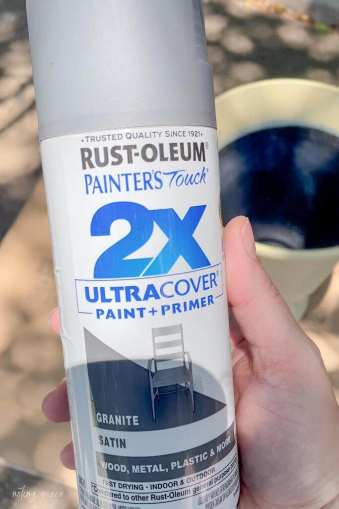 Rustoleum paint and primer spray paint